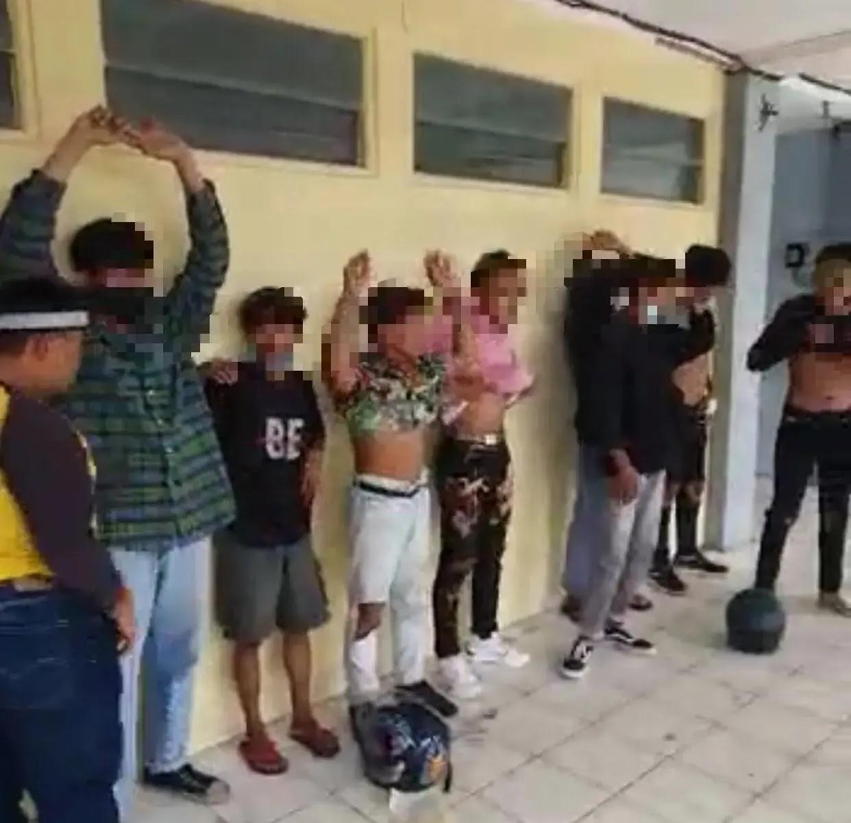 Aksi Demo Tolak Omnibus Law Di Kalbar