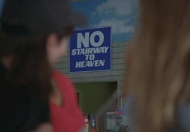 El cartel No Stairway to Heaven en la tienda de música