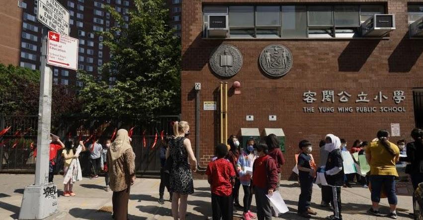 Nueva York reabrirá todos los colegios en septiembre sin opción remota