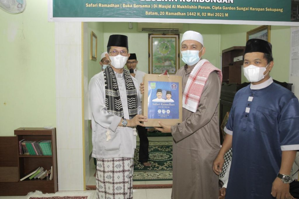 Safari Ramadhan, Amsakar Minta Tokoh Agama dan Ketua RT dan RW Sosialisasikan Pentingnya Mematuhi Protokol Kesehatan