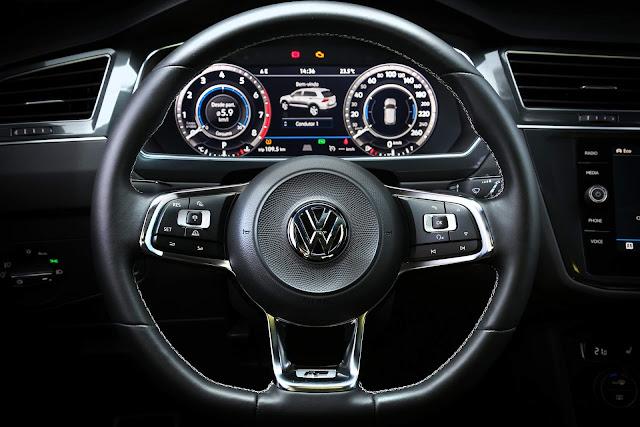 VW Tiguan AllSpace 2019 R-Line - painel digital