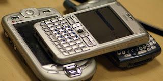 Hal-hal yang Populer Dari Masa Ke Masa yang Berkaitan Dengan Handphone
