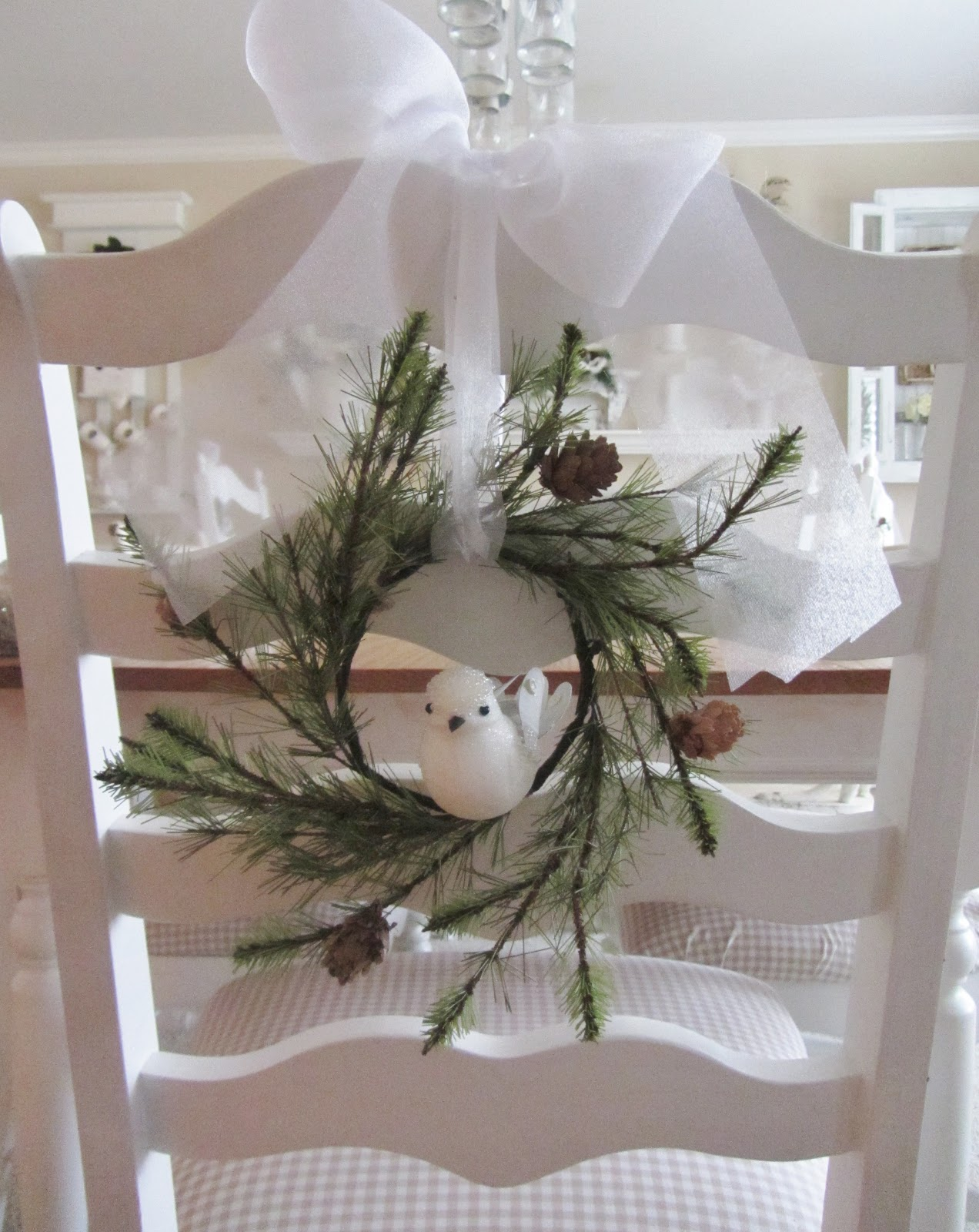 Christmas Decor Ideas For Apartment Living Room: Junk Chic Cottage: Christmas Decor From The Past Year 2012