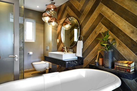 bath, bathroom, tiled, dark, interior, herringbone, mirror, lights, opulent, pretty, style, holiday, betty bake, accommodirect,
