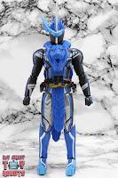 S.H. Figuarts Kamen Rider Blades Lion Senki 03