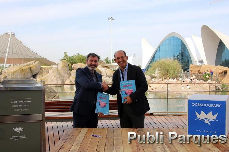 la firma del acuerdo entre Oceanogràfic Valencia y Ecoembes