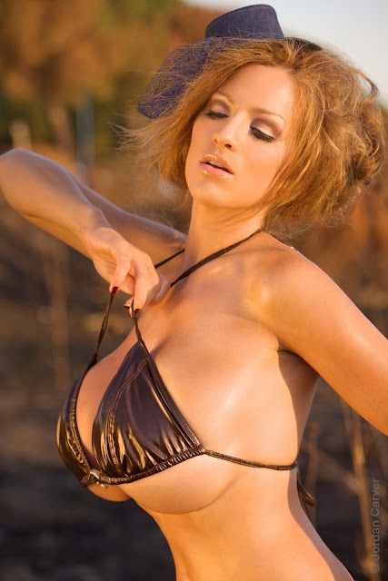 Jordan-Carver-Scorched-HD-photoshoot-and-sexy-hot-picture-24