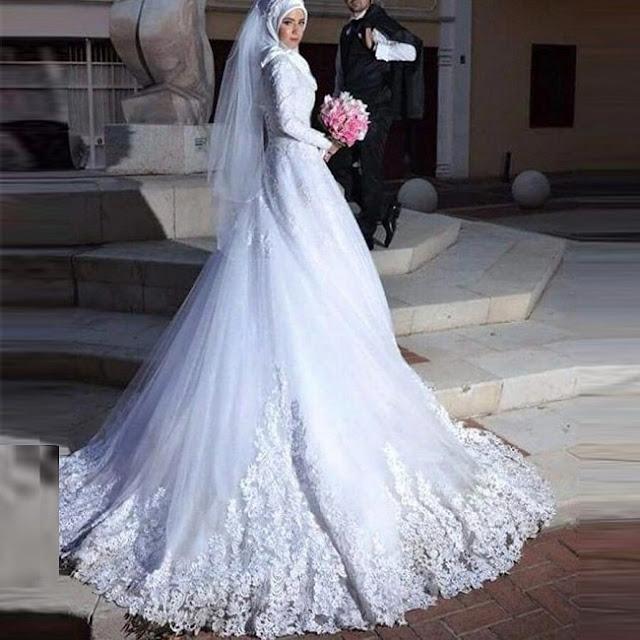 فستان زفاف للمحجبات بذيل واسع مزخرف وطويل موديل 2020