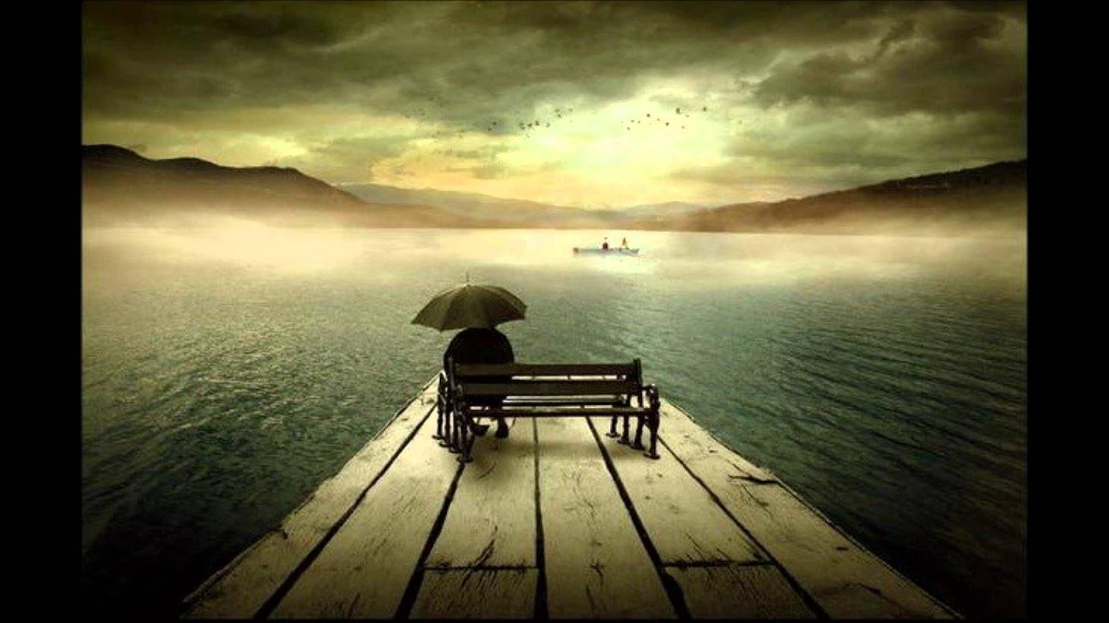 Lonely Girl Walking In Rain Wallpaper Banco De Imagenes Y Fotos Gratis Imagenes Tristes Parte 6