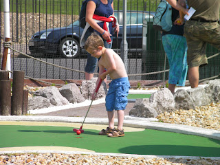 crazy golf, clarence pier portsmouth