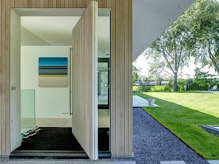Casa en la naturaleza de madera