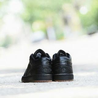 Sepatu Casual Nike Jordan Full Hitam