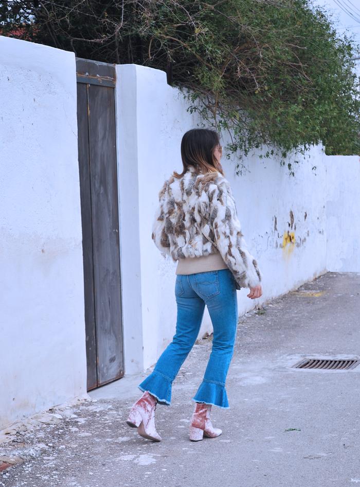 ruffles-jeans-fur-jacket