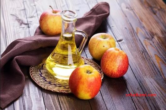 cara mengatasi rambut kering dengan cuka sari apel