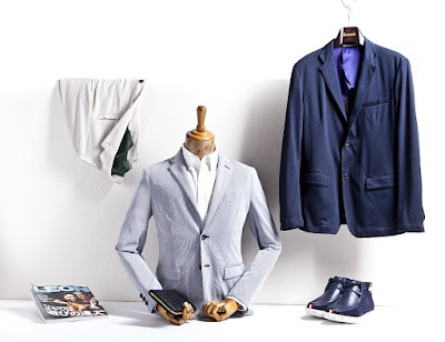 Ideas of Picking A Bright Color Suit Outside the Sphere of Grey or Black