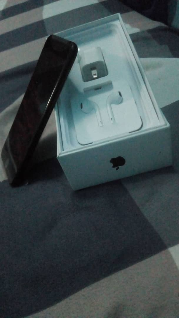 *Brand new iPhone 7plus for sale at a very subsidized rate* DM if interested. Thanks