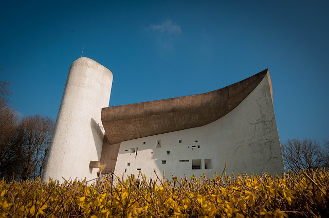 cappella-Ronchamp-Le-Corbusier