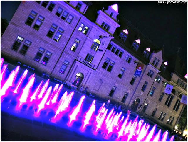Noche en el Ayuntamiento de Quebec, Canadá
