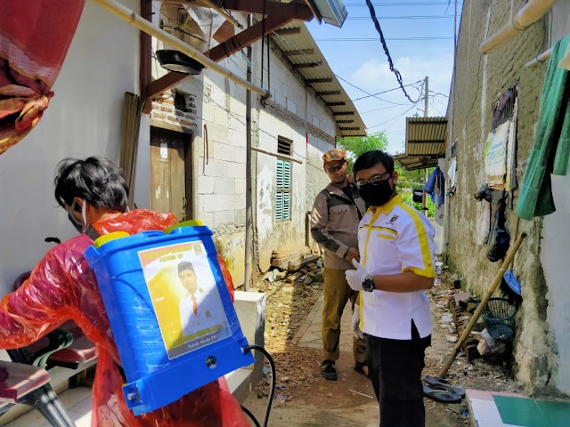 FOTO: Antisipasi Corona, PKS Sepatan Gencarkan Penyemprotan Disinfektan