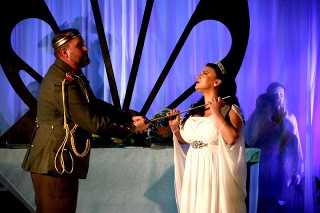 Strauss: Die ägyptische Helena - Brian Smith Walters, Justine Viani - Fulham Opera (Photo Matthew Coughlan)