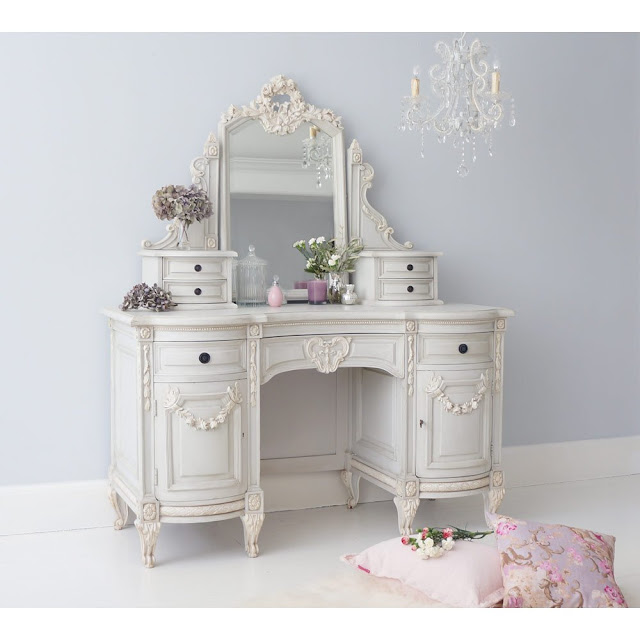 french decor cabinet