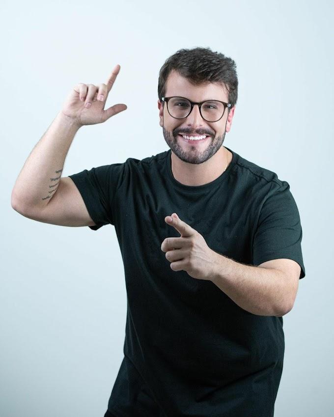 Cantor Kinho Farreiro lança a música 'Trocou de otário' com participação do humorista baiano Cristian Bell e de sua irmã