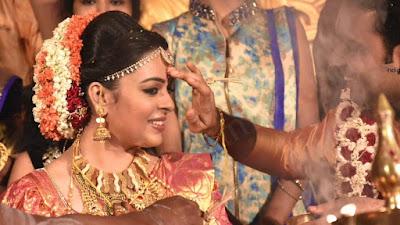 classmate-fame-radhika-marriage1