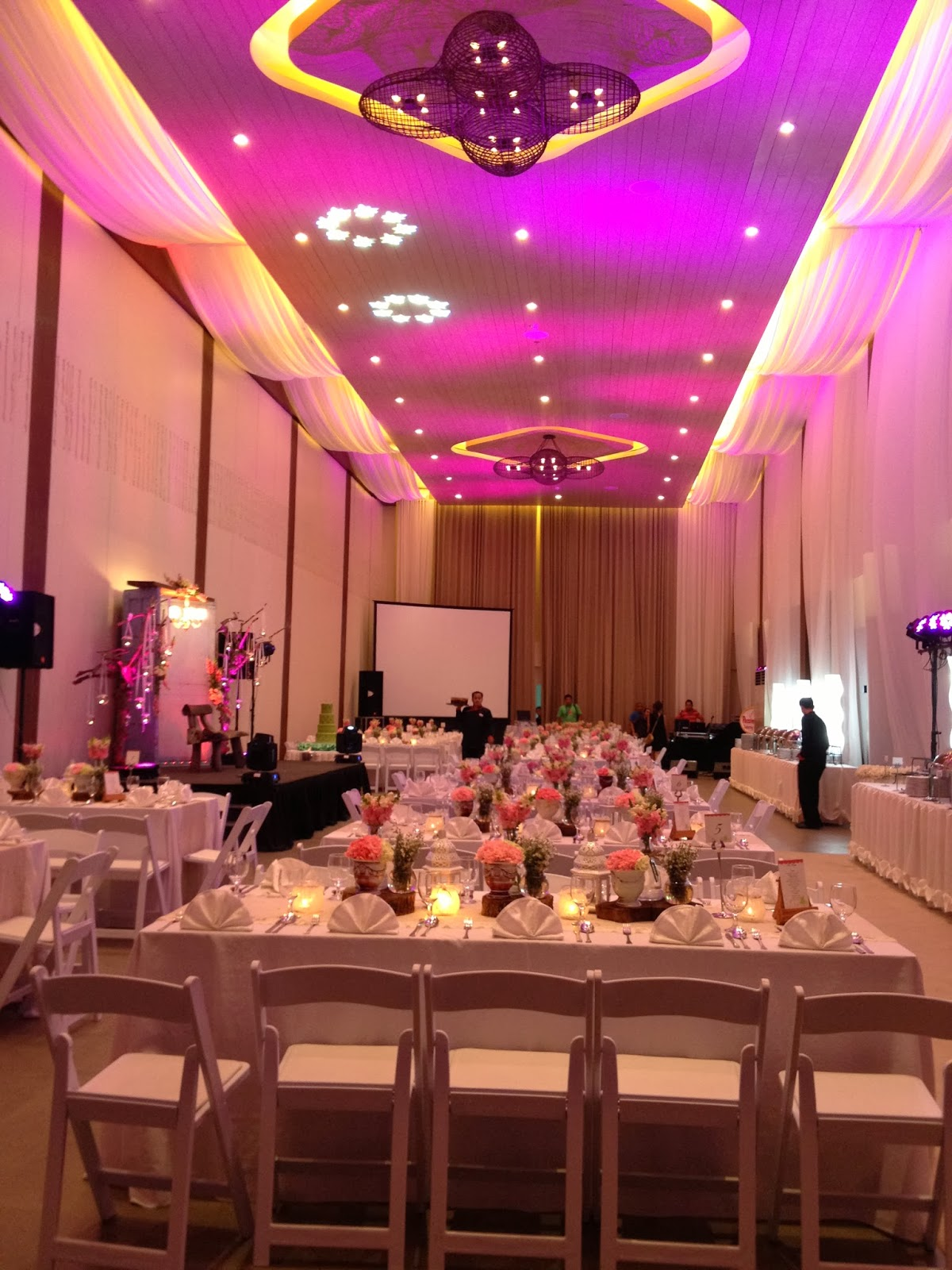 Away From Diamond Hotel Counting The Traffic So It Is Not That Far Blue Leaf Filipinas Lovely Venue And Looks Very Soft Perfect For