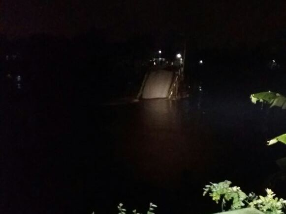 Jembatan Mrican Ambrol Diterjang Aliran Sungai Brantas