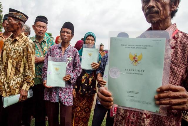 Program Sertifikat Tanah Jokowi Dinilai sebagai Bentuk Manipulasi untuk Memonopoli Tanah