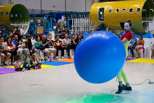 Show circense para funcionarios e familiares da empresa Latecoere do Brasil, o show aconteceu na propia empresa em Jacareí São Paulo.