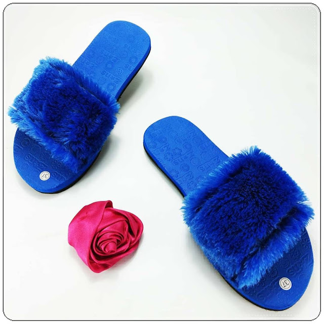 KABAR BAIK UNTUKMU !!! HARI INI KAMU BISA TAMPIL LEBIH CANTIK- GSJ- Sandal Teplek Slop Bulu GSJ
