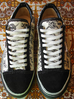 Theothersideofthepillow Vintage Vans Black White Pirate