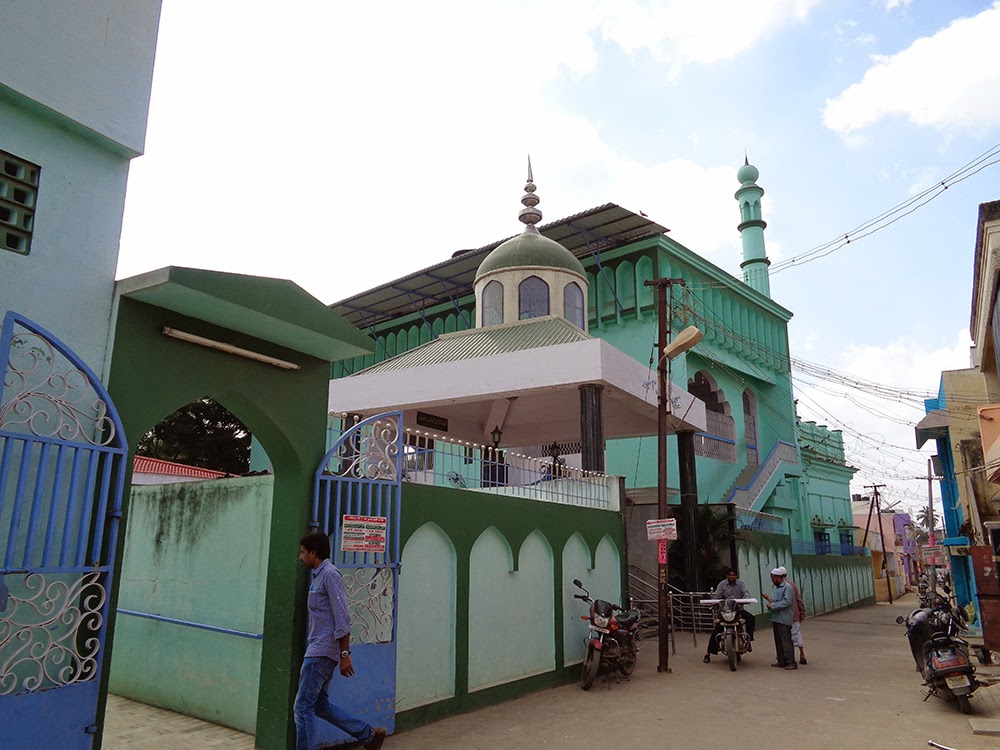 mosque in ambur