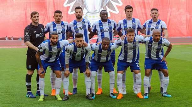 Liga +Portuguesa+de+Futebol+jornada+30+SL+Benfica-FC+Porto+15+de+Abril+2018+onze+inicial+%281%29.jpg 8e70d998d2e5b