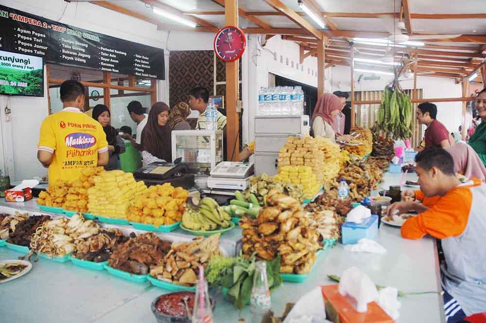 Yuk Jalan Bersama Tukang Review Makanan 4 Tempat Makan Murah
