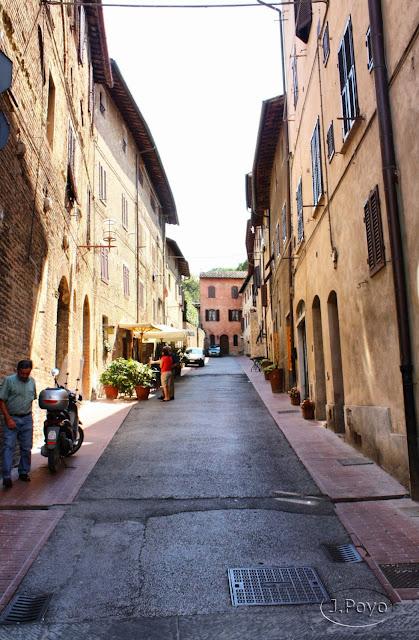 Calles de San Gimignano, Toscana. Italia