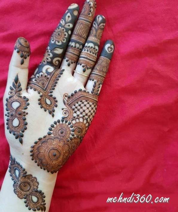 Front Hand Tradition Mehndi Design