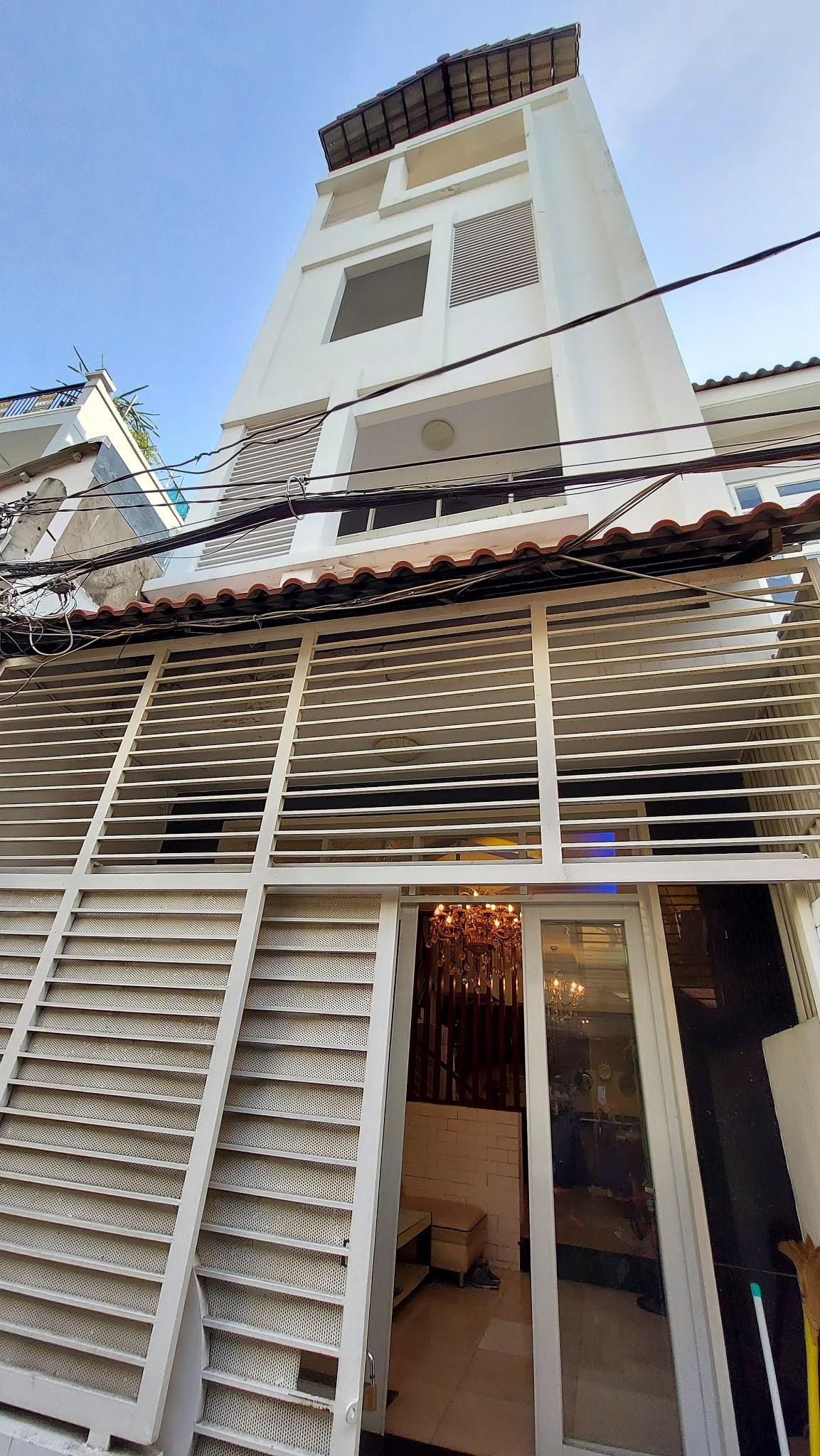 Bán nhà đường Tân Mỹ phường Tân Phú Quận 7 giá rẻ, gần chợ Tân Mỹ