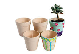 Celebrate Girl Scout Founder's Day by making pots and planting Daisy seeds. This set comes with 12 pots to decorate.