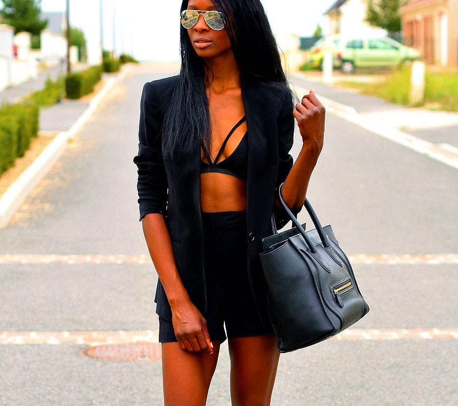 celine-mini-luggage-all-black-outfit-ootd-ootdshare