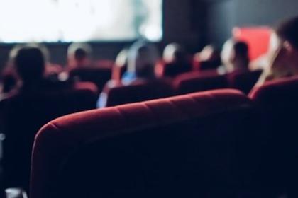 5 Aplikasi Untuk Nonton Film Bisokop Gratis Dan Legal Di Android