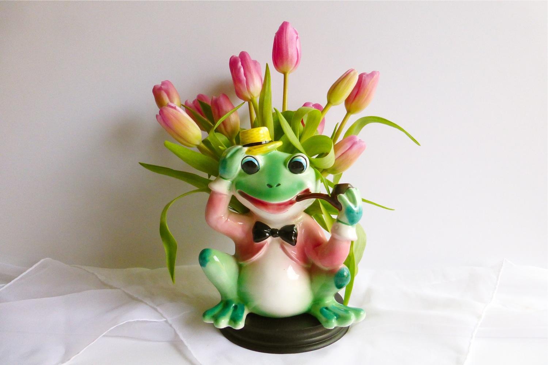 Kawaii Corner - Inarco Frog Planter, kawaii, made in Japan, Japanese ceramics, vintage Japanese ceramics, vintage Japanese collectables, vintage frog planter, vintage Inarco frog planter, vintage planter, hand painted vintage ceramic frog planter