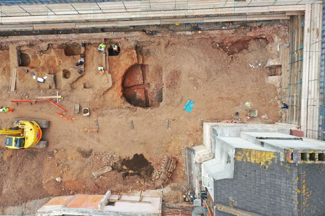 Roman lime kiln found under City Arcade in Exeter