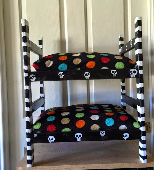 Skull Pet Bunk Bed