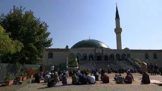 Austria to shut down 7 mosques