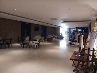 Area Lobby Dari Arah Dalam