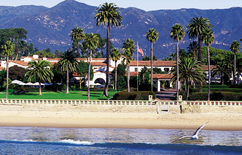 Hotels in Santa Barbara offer a great view of both mountains and waters.