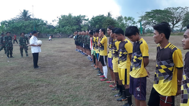Eratkan Kebersamaan, Satgas TMMD 105 Kronjo Gelar Turnamen Sepakbola