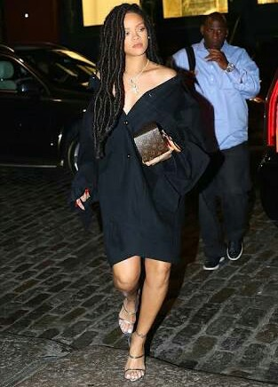 Rihanna Embraces Her Boss Status In All-Black-Everything Fenty Look